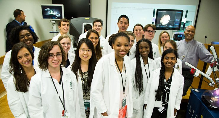 USF Pre-College students in a lab.