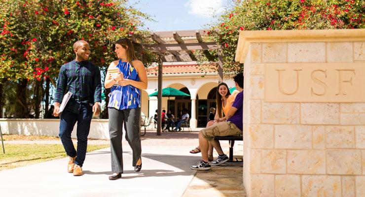 USF Sarasota-Manatee students walking to class